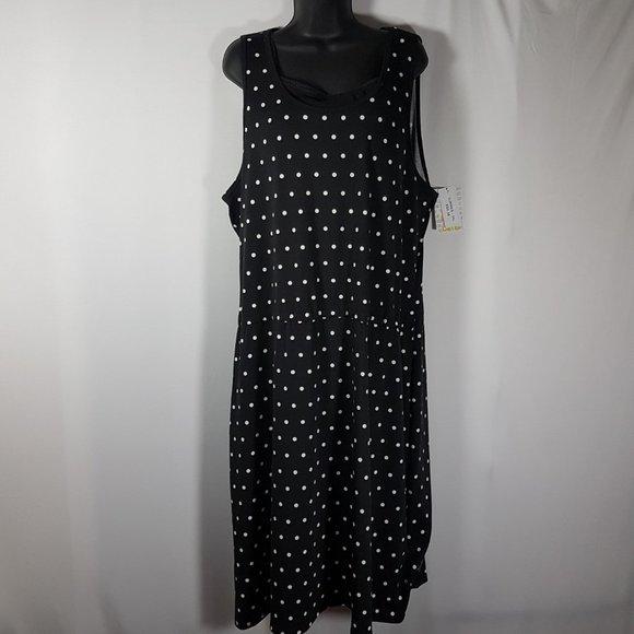 LulaRoe Summer Poke-a-dot Black and White dress